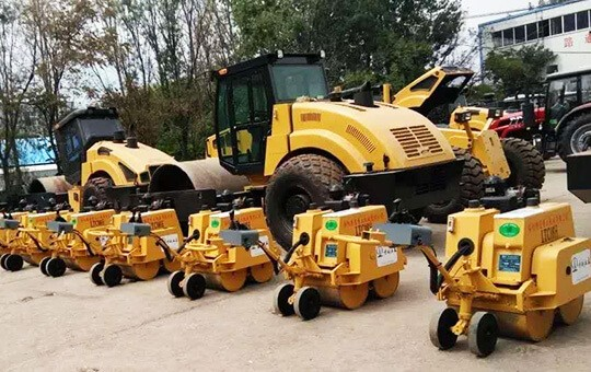 China Civil Engineering Construction Corporatio order 12 units Mini roller sent to port
